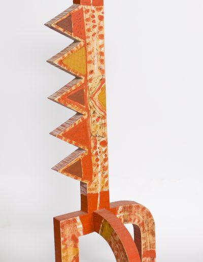 192. Piros figura I. 2007. (52x17x12 cm) festett fa