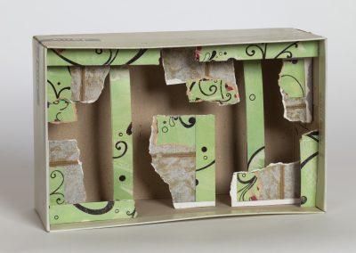 378. Zöld doboz 2009.(18x29x10 cm) papír