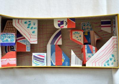382. Kulcsi doboz 2006.07.18. (13x29x10 cm) papír