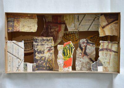 383. Doboz régi elemekből 2010. 08.22.(16x30 cm) papír