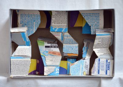 385. Ezüst doboz 2009.05.08. (18x25 cm) papír